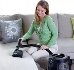 Уборка пылесосом для предупреждения ухудшений аллергии