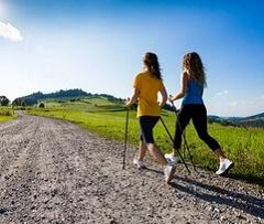 Скандинавская ходьба: полезна при нейродермите, экземе