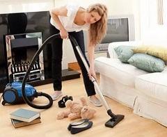 С какой периодичностью делать уборку пылесосом при аллергии